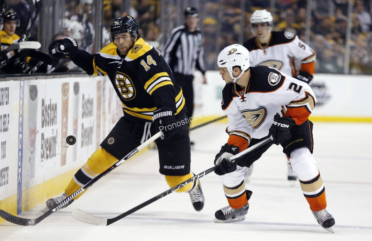 Anaheim Ducks	 vs 	Boston Bruins Prediccion